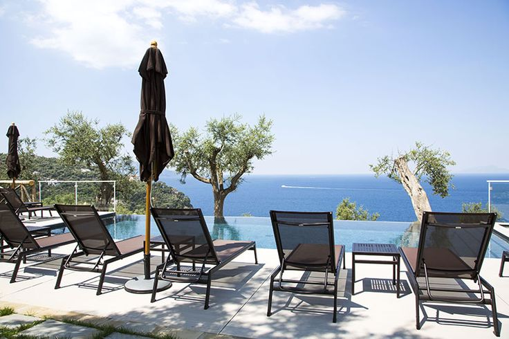 Art Hotel Villa Fiorella  A marvelous place facing the sea from where to enjoy the burning sunsets and the breathtaking beauty of Capri Island. Art Hotel Villa Fiorella is a slice of heaven in Massa Lubrense surrounded by olive trees. The panoramic pool on the terrace and the sky lounge, are just the perfect location for special events and cocktail parties. #varaschin #project #design #outdoor #furniture