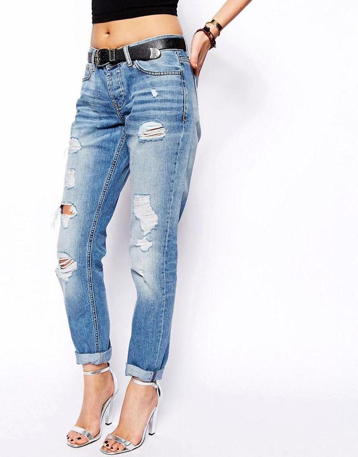 ASOS | Синие выбеленные рваные узкие джинсы бойфренда с заниженной талией ASOS Brady на ASOS