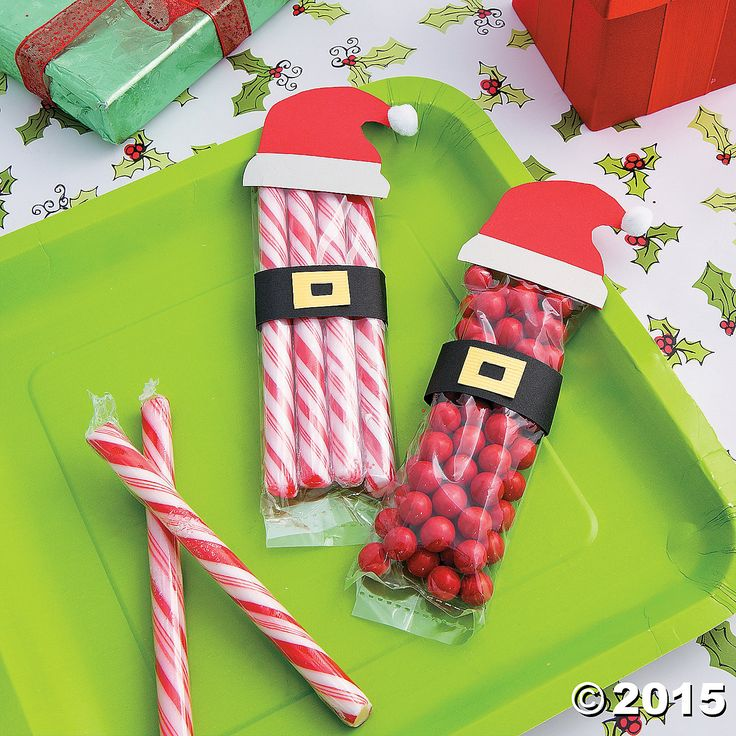 46 best favors images on pinterest gift ideas wrapping gifts and even santa would love this sweet do it yourself project santas red suit is the perfect way to display your favorite holiday candies with a festive flair solutioingenieria Image collections
