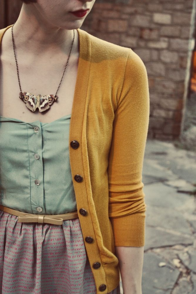 : Cardigans, Outfits, Colors Combos, Than, Colors Palettes, Colors Combinations, Colorcombo, Necklaces, Mustard Yellow
