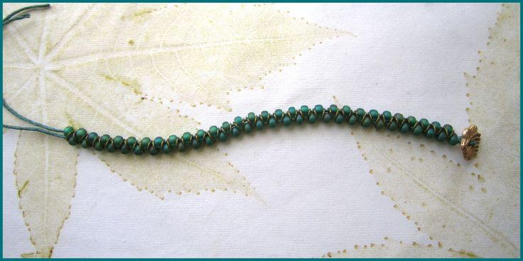 Простой браслет | Плетение бисером