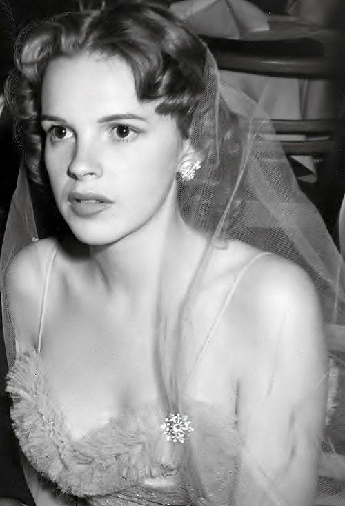 2391 Best Judy Garland Images On Pinterest  Judy Garland -7026
