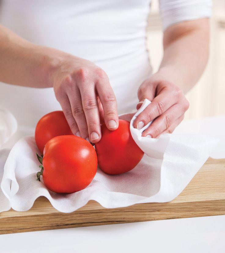 Eskimon kuituliinat ovat elintarvikekontaktiin hyväksyttyjä. Kuituliinat ovatkin oiva apu keittiössä ja ruoanvalmistuksessa. Tuotteet sopivat hyvin esimerkiksi juoksevien nesteiden siivilöintiin, suodattamiseen ja pusertamiseen sekä salaatin ja vihannesten kuivaamiseen. Kostea Carita pitää pestyn salaatin rapeana kylmiössä.