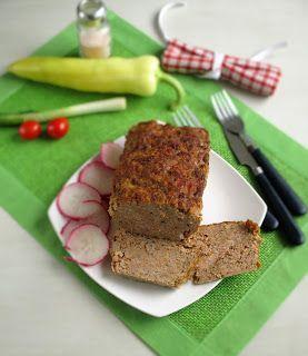 NoCarb húskenyér          Hozzávalók:     600 g  darált sertéshús   2 közepes fej  vöröshagyma   3-4 gerezd dundi zúzott fokhagyma...