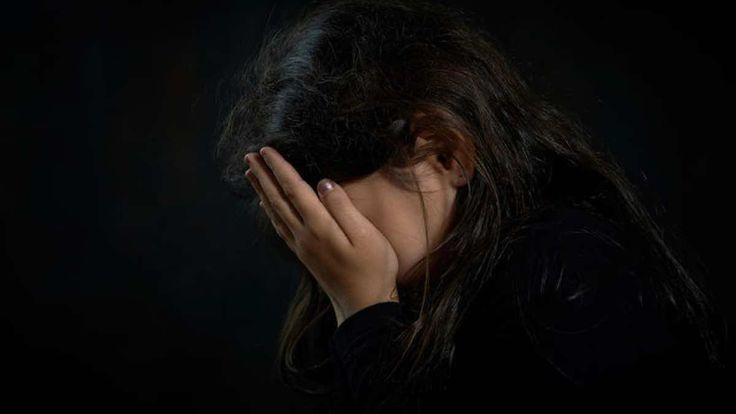 Συγκλονίζει η ιστορία της 16χρονης από το Περιστέρι που την βίαζε ο πα-Τέρας της