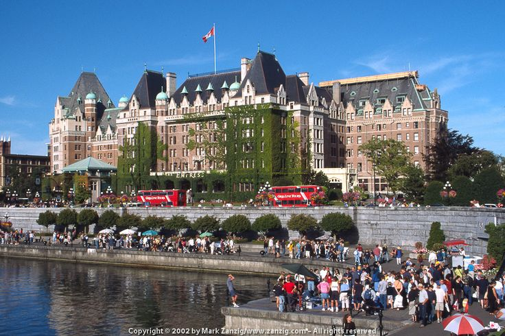 The Fairmont Empress Hotel in Victoria, Canada is located directly at the harbor. You can go there for High Tea.