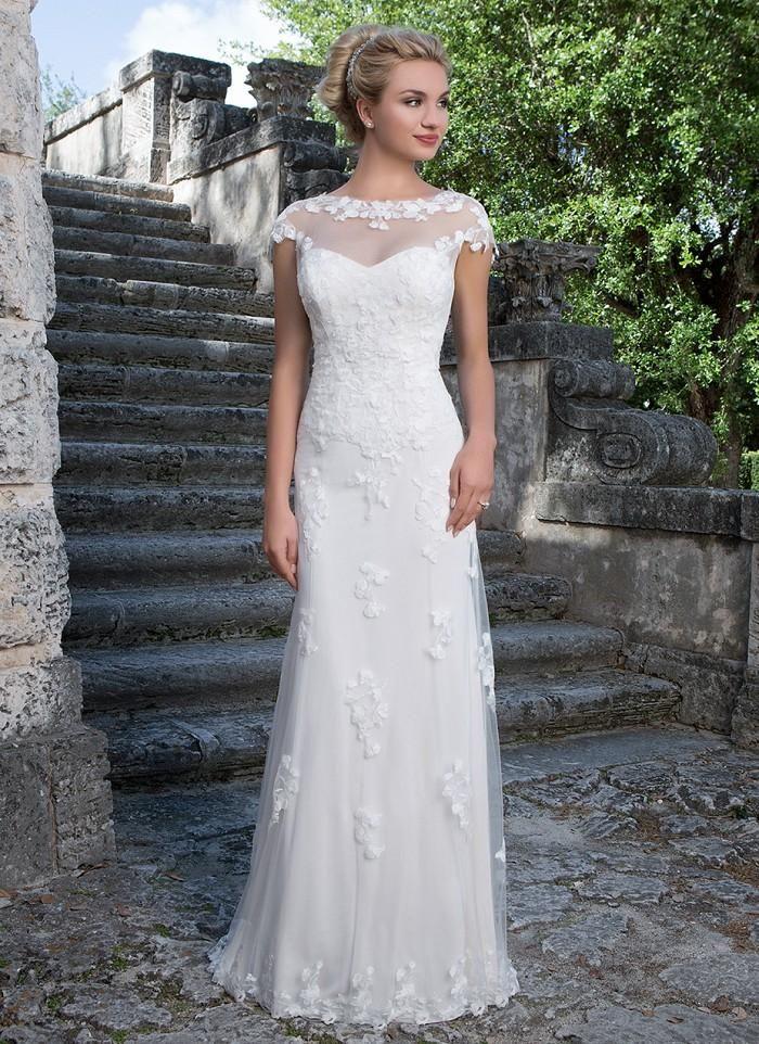 نتيجة بحث الصور عن straight wedding dresses