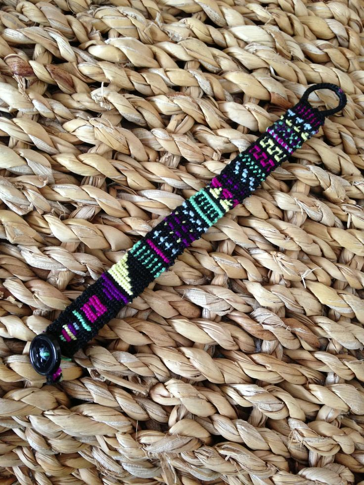 Aztec tribal friendship bracelet pattern number #9868 - For more patterns and inspiration visit our web or the app!