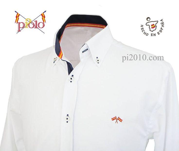 Camisa blanca con marino http://www.pi2010.com/Bandera-España-Hombre/Camisa-bandera-España-hombre/camisa-españa-blanco-marino #camisabanderadeEspaña #camisaespañola #camisaEspaña #fabricadonenEspaña  Si te gusta, comparte