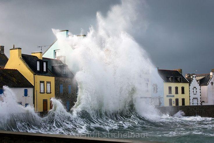 France, Finistère (29), Ile de Sein, Tempête sur l'île en février 2016, Quai des Paimpolais