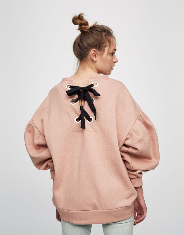 Printed sweatshirt with cords on the back of sleeves - Lace up - Trends - Woman - PULL&BEAR Romania