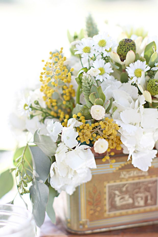 (keeping the rustic idea, I also have wood boxes and birch vases we could use) Gorgeous green white and yellow flowers wedding decoration