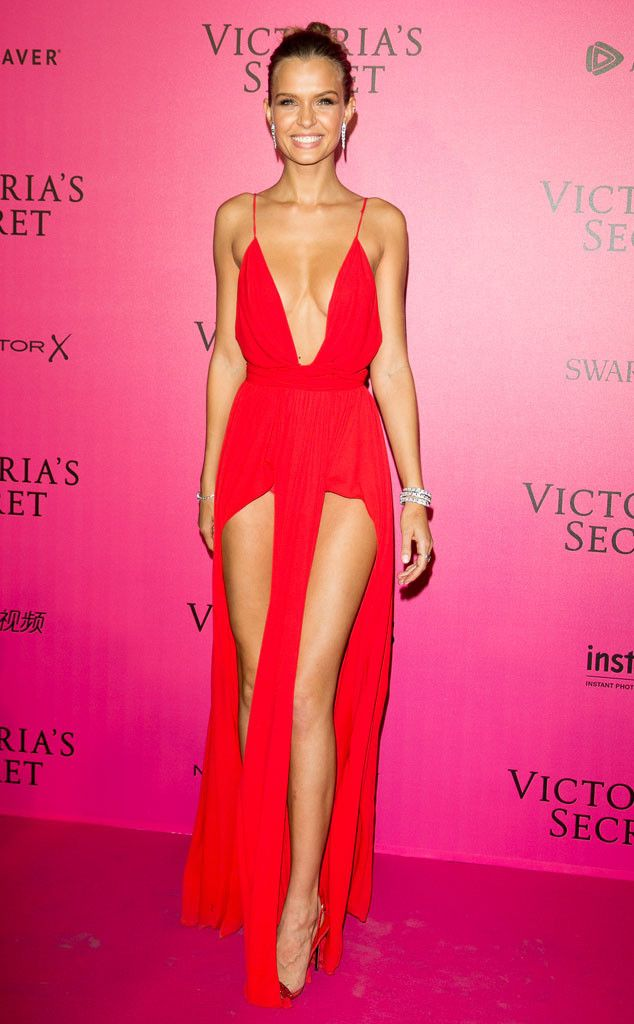 Josephine Skriver from Victoria's Secret Fashion Show 2016 Pink Carpet Arrivals  The Victoria's Secret Angel rocked this high-slit number like a fashion pro.