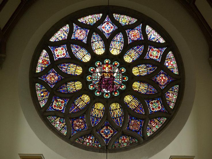 Description: Bishop's Stortford, England: All Saints', Hockerill: Rose Window (1937, Hugh Easton)