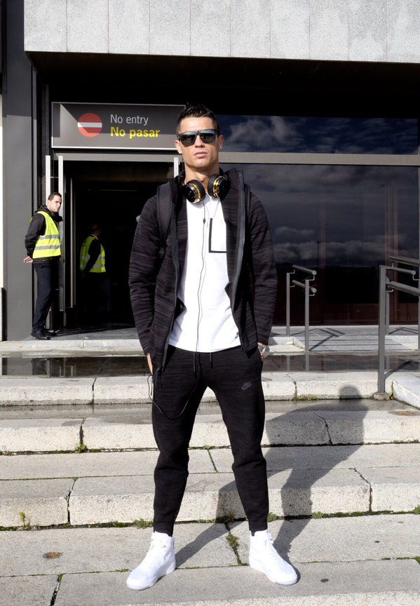 Cristiano Ronaldo wearing Nike Bonded Pocket Tee, Tag Heuer Carrera  Mikrotourbillons, Monster ROC Sport Platinum Over-Ear Headphones, Nike Air  Force 1 ...