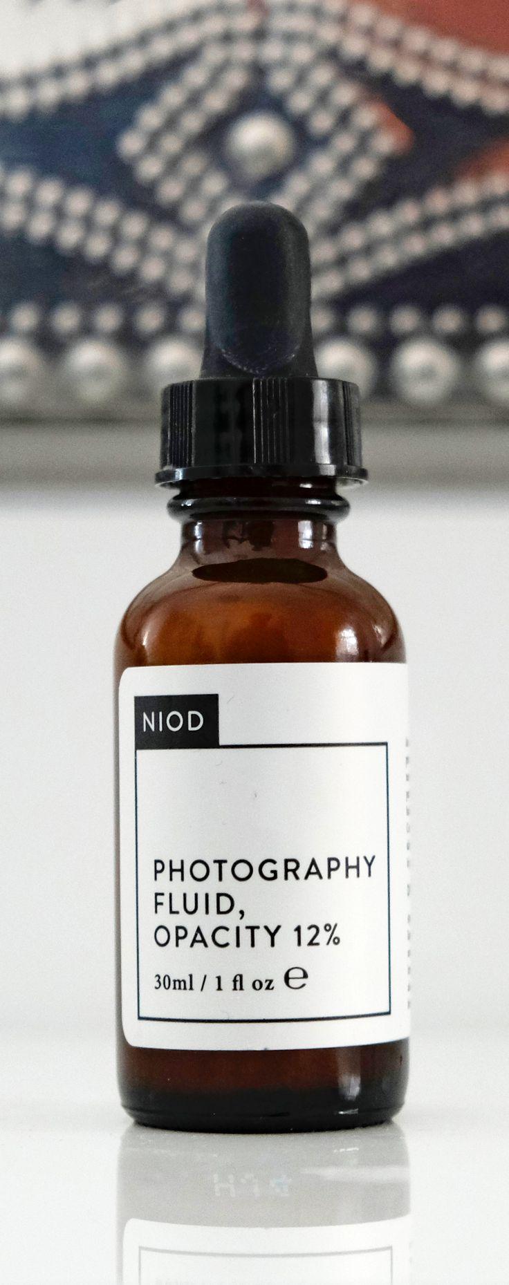 Niod Photography Fluid Opacity 12 %  Männerkosmetik Deciem • Männerpflege • Pflegeprodukte für Männer