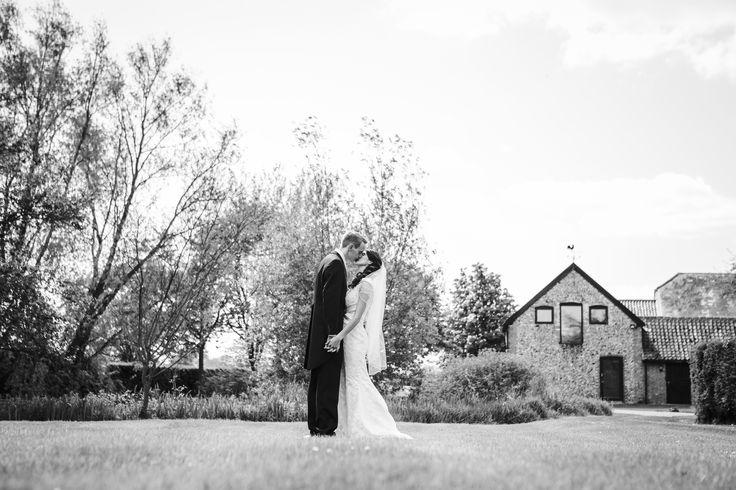 Black & White always looks great with the barn in the background #thegranarybarns #thegranaryestates