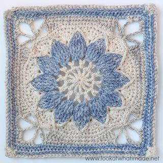 This is the photo tutorial for part 1 (of 3) of the pattern for Charlotte. Charlotte is a large crochet square with a delicate vintage feel. The large central overlay flower is framed by a delicate la