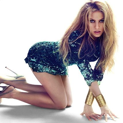 Shakira + green sequin mini dress = HOT