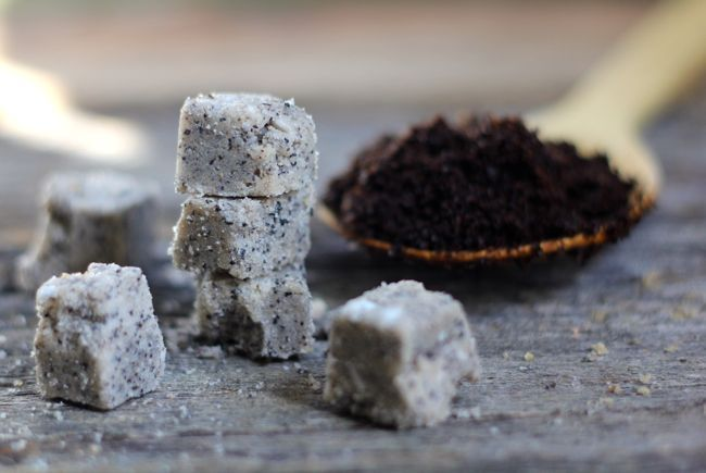 How to Make Sugar Scrub Cubes (  3 Fall Recipes)   http://hellonatural.co/diy-sugar-scrub-cubes/