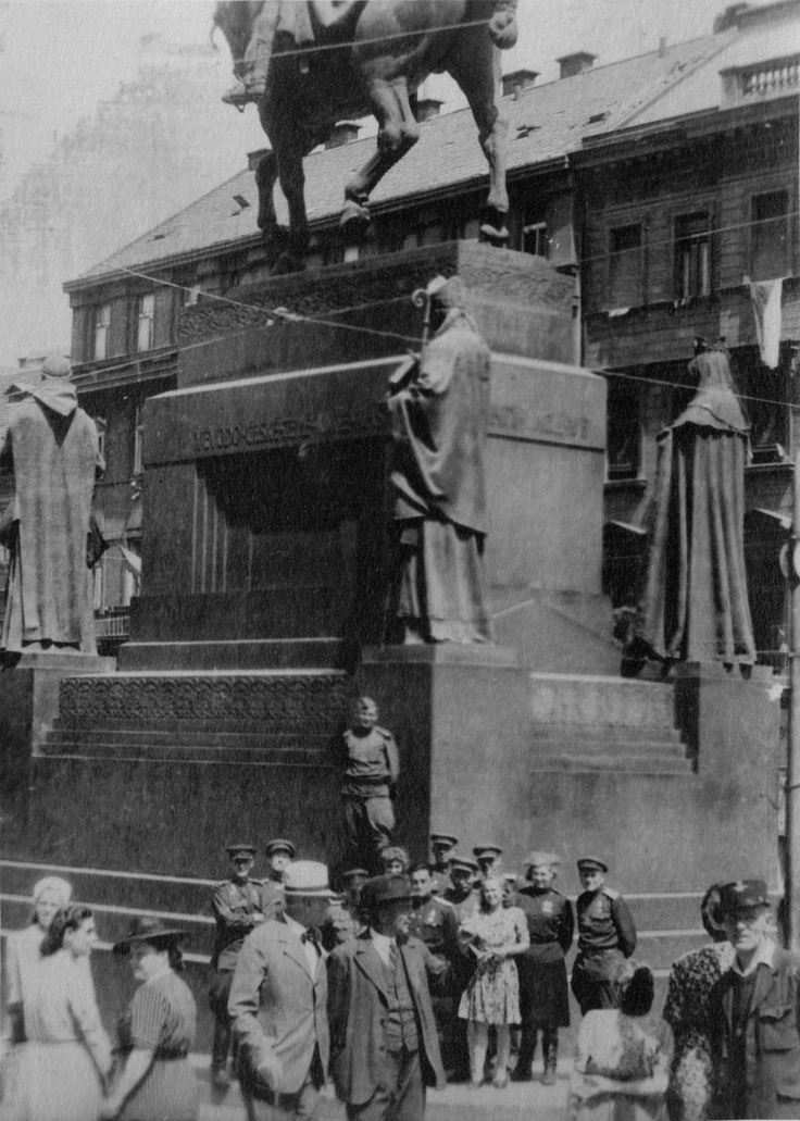 Soviet soldiers stand near monument of St. Wenceslas on Wenceslas Square in Prague. 1945.