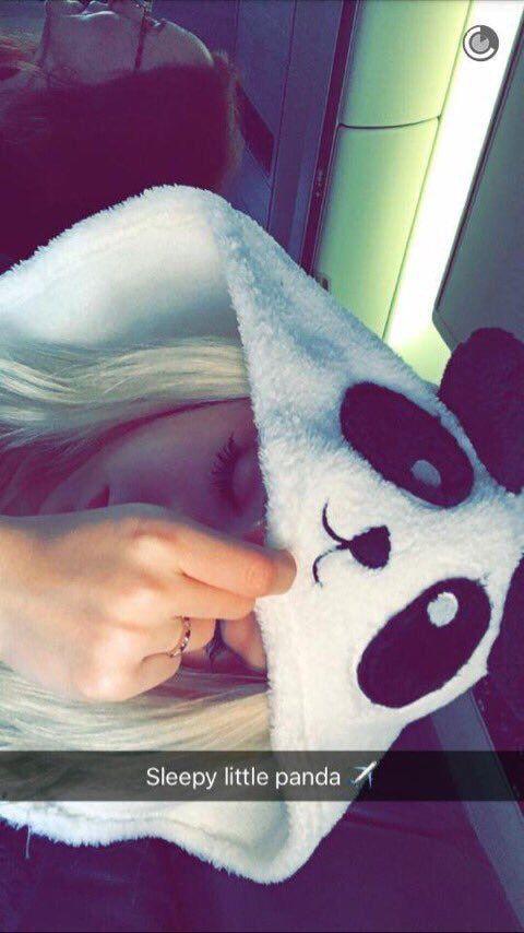 Dove Cameron (Snapchat)