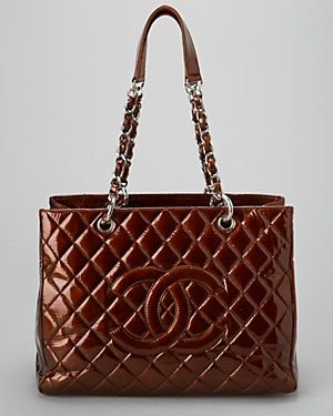 Chanel Bronce acolchado Charol Gran totalizador de las compras