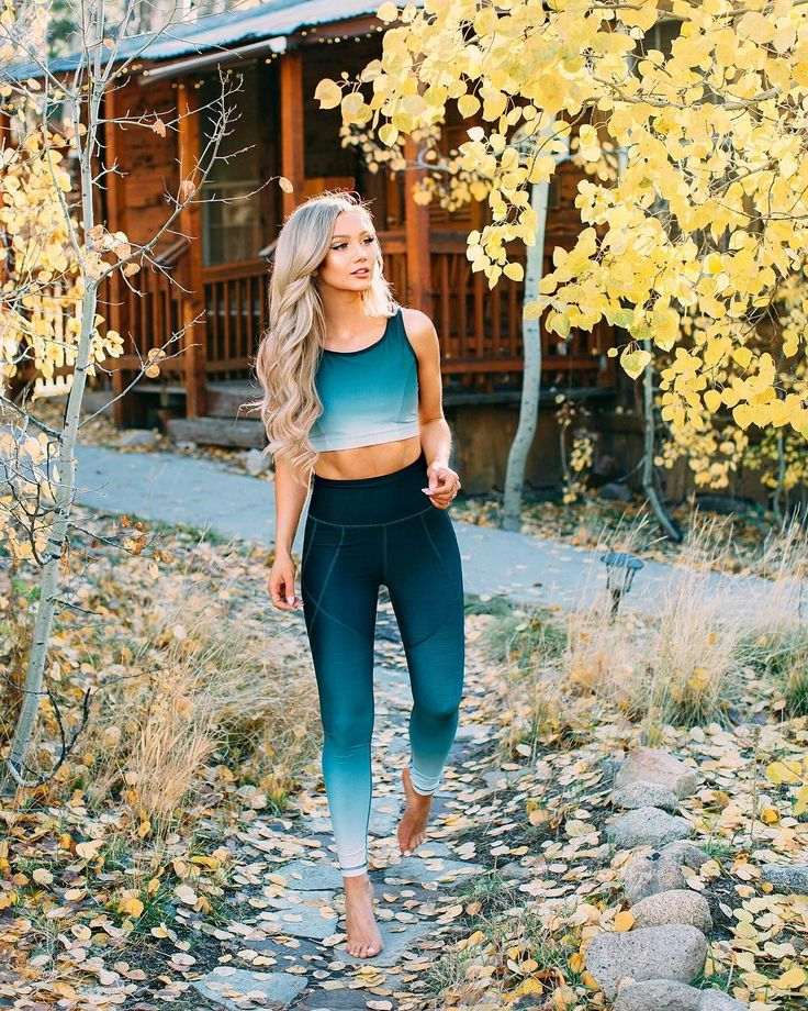 Our Stride Leggings are back with a beautiful green ombre fade, inspired by the dreamy hues of Lake Louise. With stitching specifically designed to slim and lengthen your legs, you simply can't go wrong with these high-waistedleggings. And let us not forget the ZIPPER at the back! Aka the perfect place to store your car key, a light power snack on a runor of course, your phone! Pair them with our matching bras! albionfit.com #fitness #workout #sporty #leggings #ombre #yoga #run #running