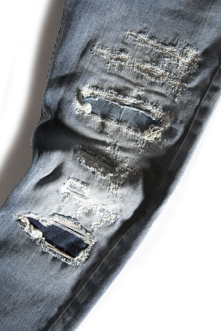 Cycle Jeans #cyclejeans #BADcycle #detail #rips #love #rippedjeans #destroyedjeans #denim #jeans #spring #summer #collection #indigo #cotton #madeinitaly