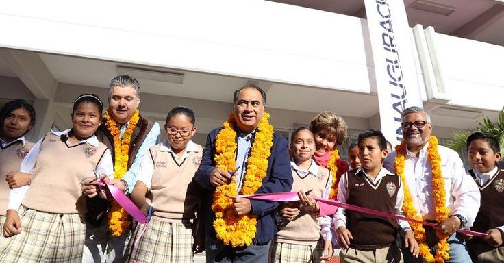 Héctor Astudillo inaugura edificio de escuela primaria en Chilpancingo - http://www.notimundo.com.mx/estados/hector-astudillo-inaugura-edificio/