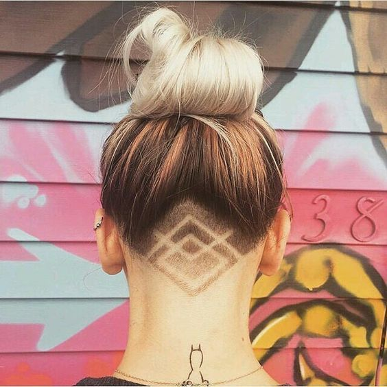 nice 45 Undercut Hairstyles with Hair Tattoos for Women With Short or Long Hair - Stylendesigns.com! Check more at https://www.stylendesigns.com/undercut-hairstyles-hair-tattoos-women-short-long-hair/