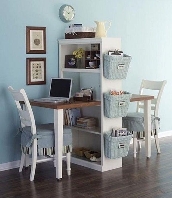 """大人になって勉強したくなったり趣味の幅が広がって""""自分専用の机""""が欲しい!と感じるときありますよね。自分で簡単に作れてしまう""""カラーボックスデスク""""で自分の世界をつくりましょう。"""