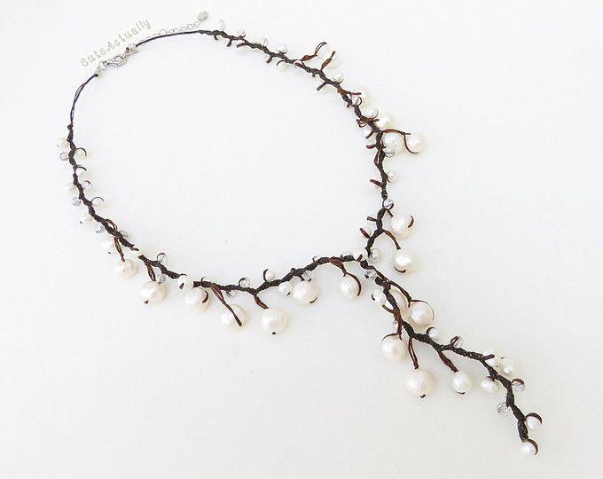 Collana di perle d'acqua dolce su collana di perle di cera cotone filo, bianco