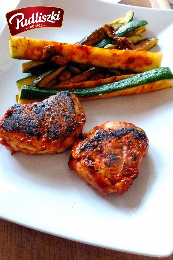 Steki wieprzowe w pomidorowo-czosnkowej marynacie. #stek #wieprzowina #czosnek #pomidor  #obiad #pudliszki #przepis