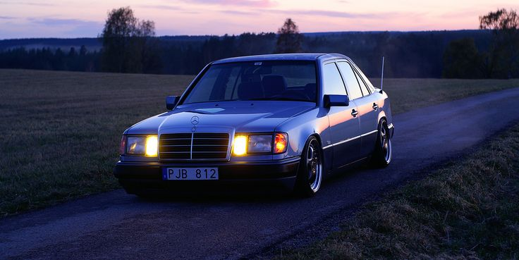 E200 W124 -92 | Stance is romance! | Alexander Lindquist | Flickr
