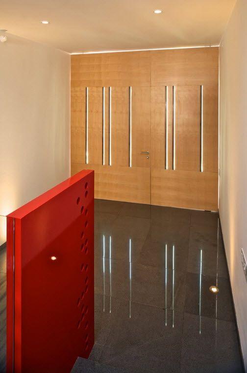 Diseño de puerta principal de madera