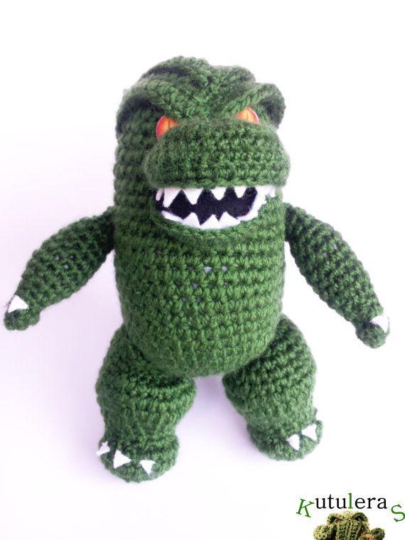 GODZILLA MOVIE AMIGURUMI cthulhu japan nuclear horror movie scary horror amazing crochet doll 2014 remake