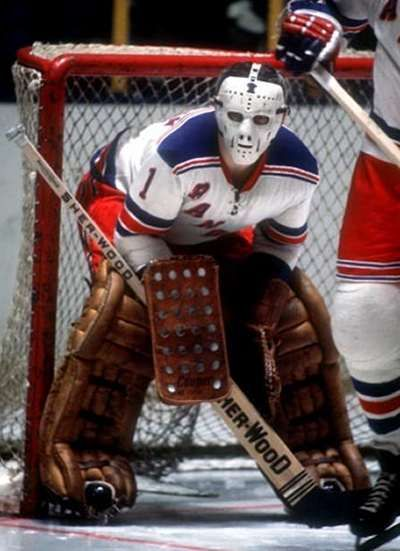 Eddie Giacomin In Goal Photo -- before New Jersey got the Devils