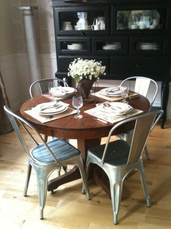 Eat In Kitchen Solid Cherry Dining Room Table And Chairs