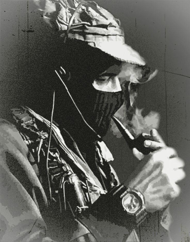 Retrato del Subcomandante Marcos - dibujo tradicional técnica mixta sobre crayón papel - obra de Zapatista