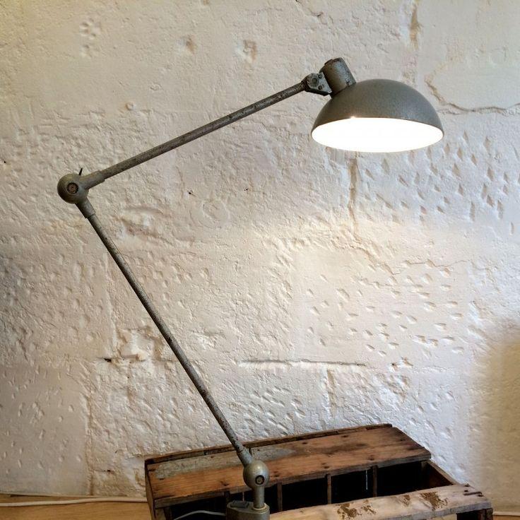 Les 25 meilleures id es de la cat gorie lampes bras articul sur pinterest - Lampe articulee industrielle ...