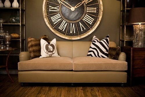 This gigantic clock is to die for!