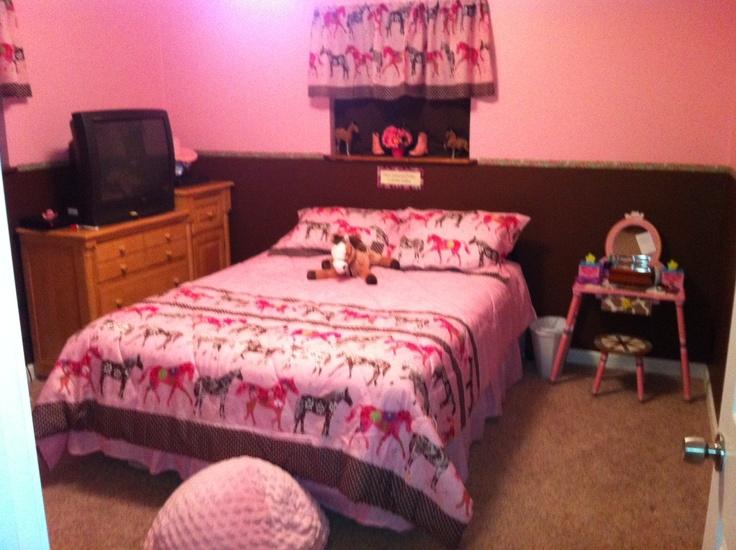 23 best horse bed sets images on pinterest bedroom ideas horse bedding and bed sets. Black Bedroom Furniture Sets. Home Design Ideas
