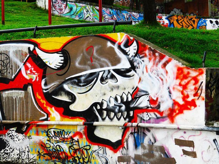 Mural en un parque en La Carrera 1ra con Calle 14