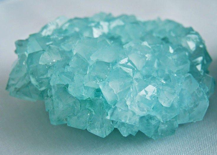 How to make DIY borax crystals