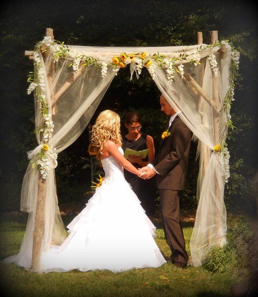 Ribbon Wedding Altar: 25+ Best Ideas About Wedding Arch Tulle On Pinterest