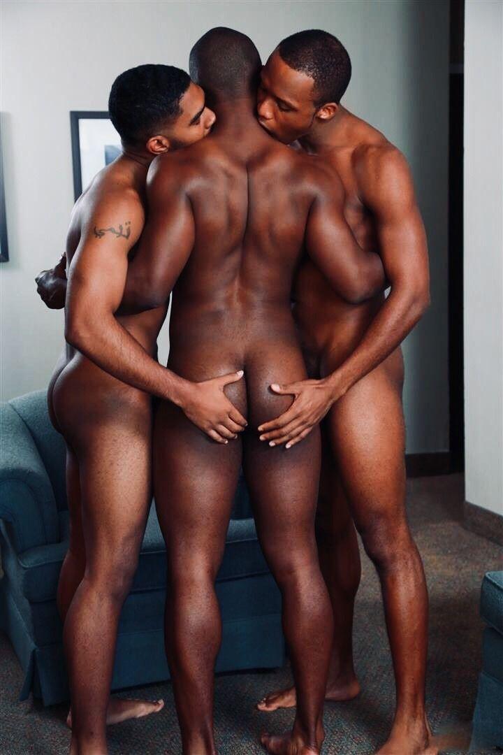 Hot Guys Fuck Huge Dick