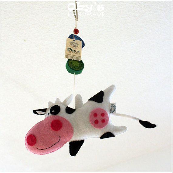 Felt mobile Nursery decoration Farm animals Cow by Obyshandmade