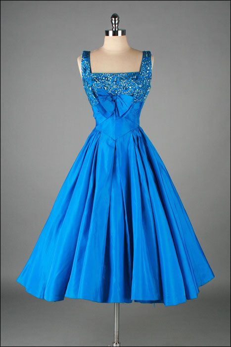 1950s Dress . WILL STEINMAN Seriously! Why can't we still wear dresses everyday!