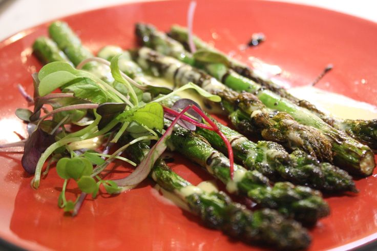 Grilled Asparagus with Grapefruit Hollandaise